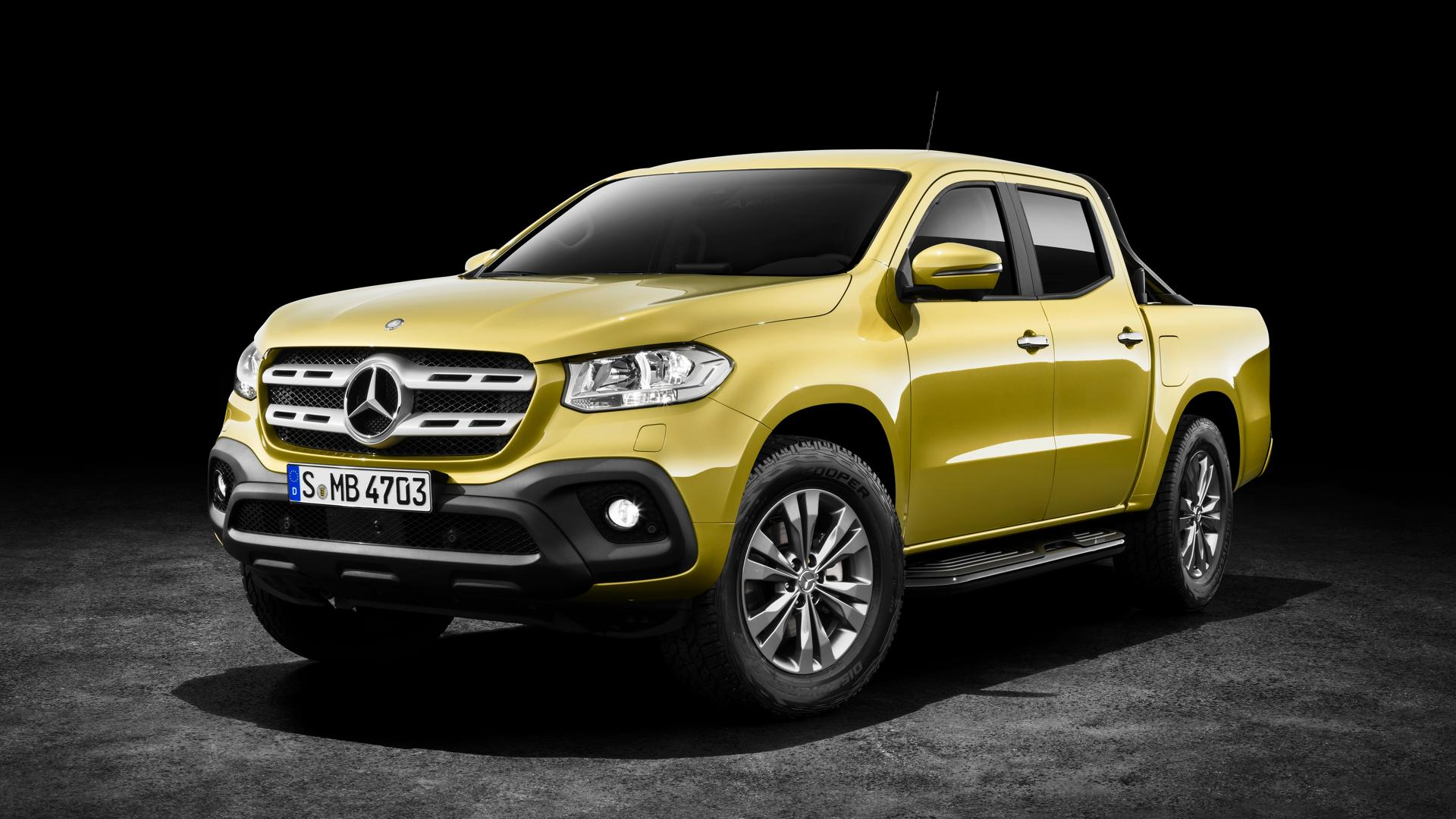 2018 mercedes benz x class pickup debuts europe gets a for Mercedes benz europe