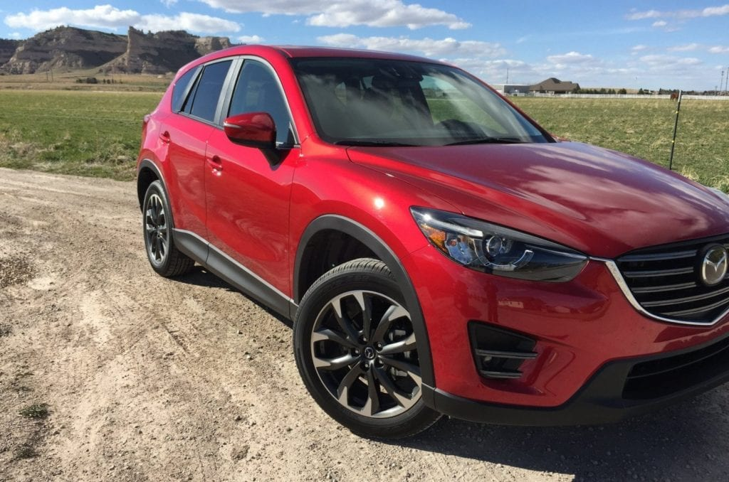 2016-mazda-cx-5-grand-touring-awd-by-tim-esterdahl3-1600x1060