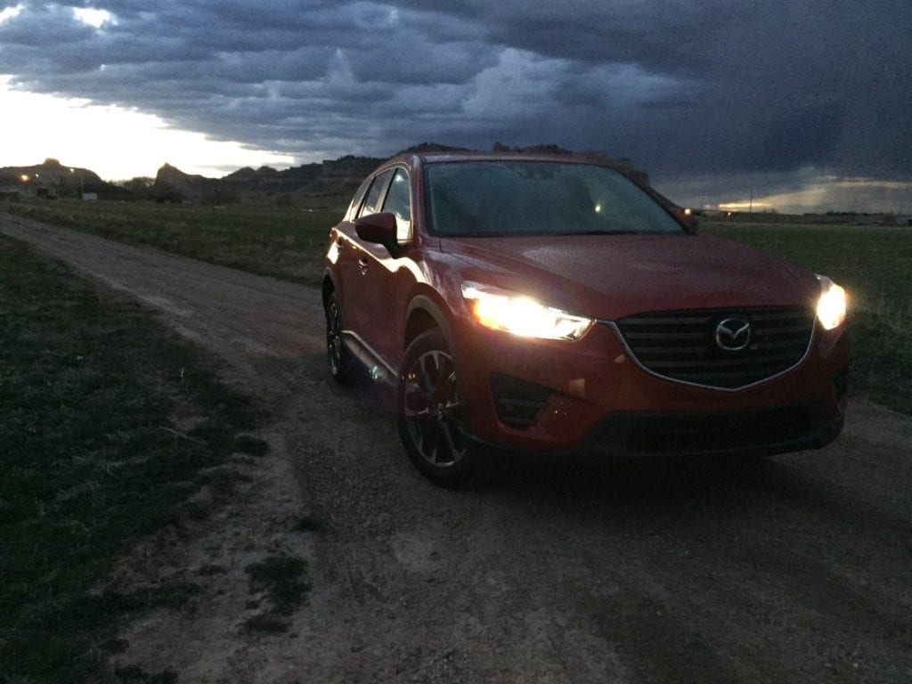 2016-mazda-cx-5-grand-touring-awd-by-tim-esterdahl4-1600x1200