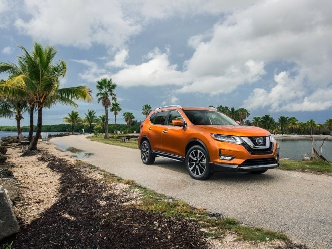 2017 Nissan Rogue Hybrid Debuts At 2016 Miami Auto Show