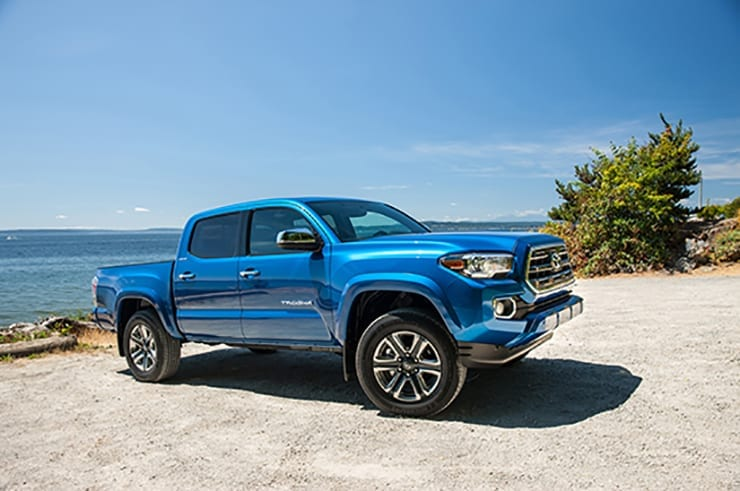 2016-toyota-tacoma-limited-v-6-front-three-quarter-02