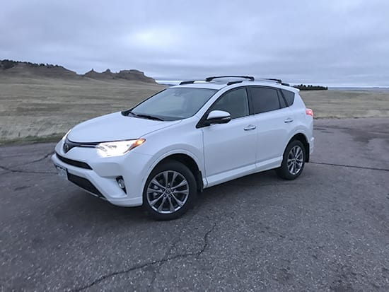 5 Things You Need to Know - 2017 Toyota RAV4 Platinum