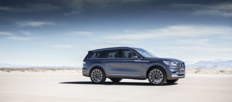 2020 Lincoln Aviator Debuts Three Rows Ecoboost Awd Hybrid