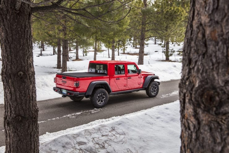 2020 Jeep Gladiator MPG Out, How Does it Compare? - Pickup ...
