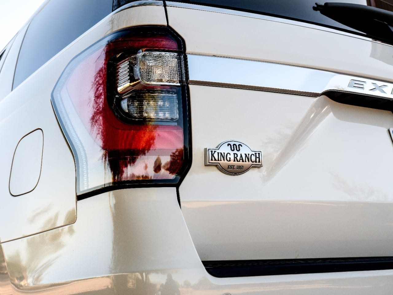 ford brings king ranch moniker back to expedition  wild west themed package brings more luxury