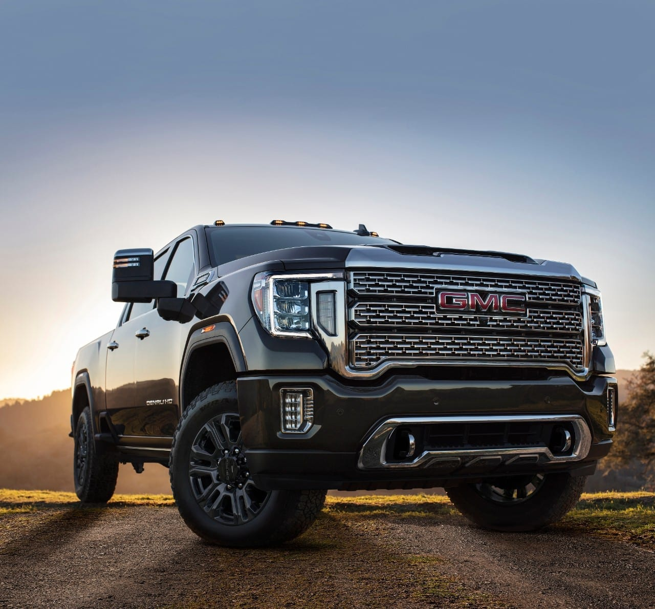 2021 gmc sierra ups its towing game for 2021 with new